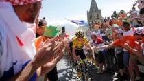 Quintana opět urval Frooma, pro celkový triumf si ale do Paříže pojede Brit