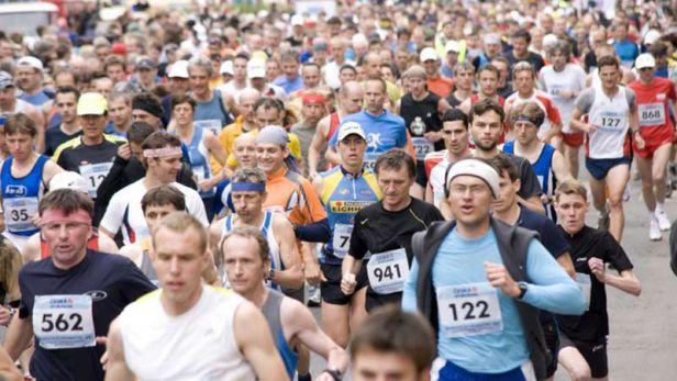 Karlovarský půlmaraton aplauduje Rachikovi a Fisikoviciové
