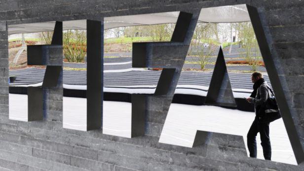 Kam až klesne FIFA? Bude trvat léta, než znovu získá pověst, tvrdí Valcke