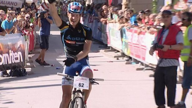Hradilkův tým skončil v závodě Dolomitenmann šestý