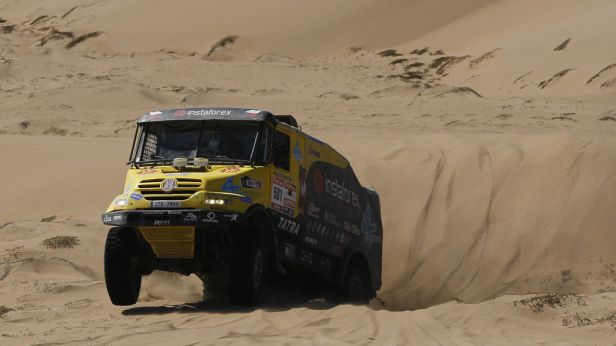 Loprais nepojede Silk Way rallye s tatrou, ale kamionem MAN