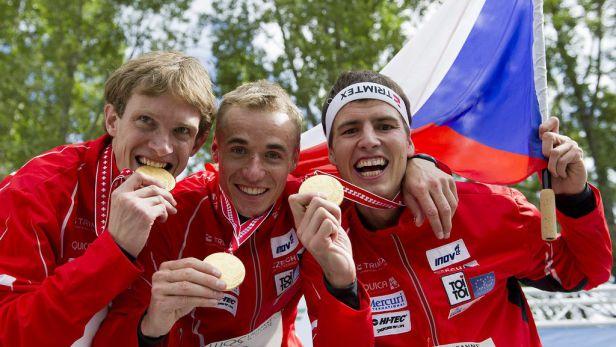 Obě štafety juniorů vyhrály domácí MS orientačních běžců