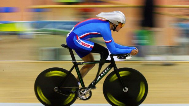 Handicapovaným sportovcem roku je opět cyklista Ježek