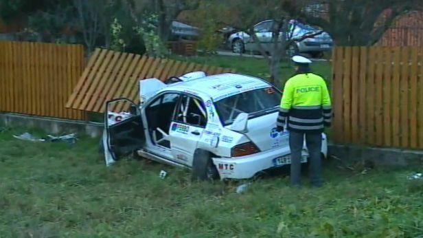 Policie navrhla obžalovat pět lidí za tragickou nehodu při rallye v Lopeníku