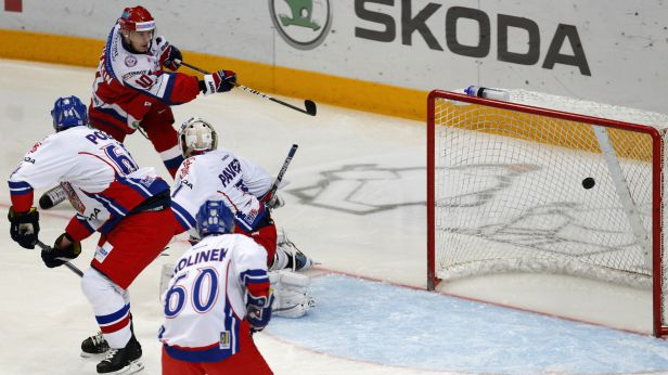 Čeští hokejisté si chtějí proti Švédům spravit chuť