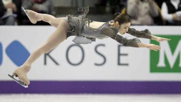 Kim Ju-na při svém návratu získala zlato před Kostnerovou a Asadaovou