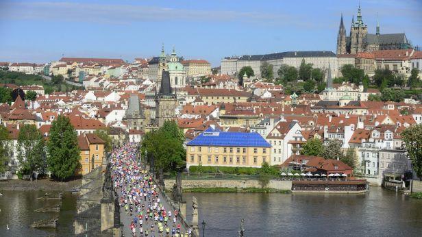 Maraton s hvězdným obsazením. V Praze se běží podvacáté