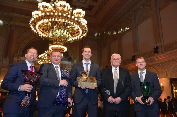 Fotbalistou roku je posedmé Petr Čech, nejlepším trenérem je počtvrté v řadě Vrba