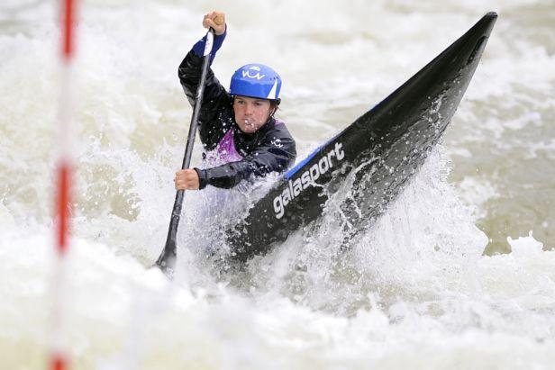 Další české medaile. Vodní slalomářky mají stříbro a bronz