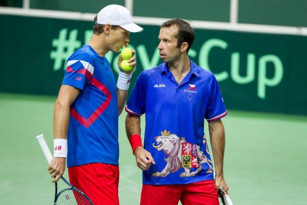 Češi Davis Cup neobhájí, Berdych se Štěpánkem padli ve čtyřhře