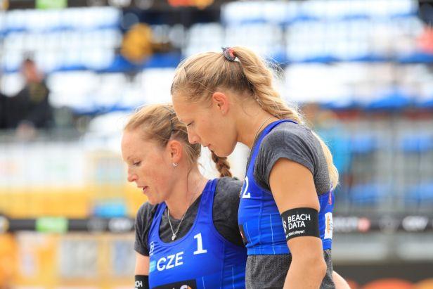Kolocová s Kvapilovou ovládly slavkovský Super Cup