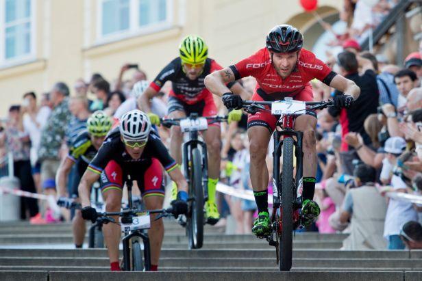 Z Pražských schodů se cyklisté v příštích dvou letech nepořítí