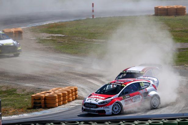 Bakkerud s fordem si v Höljes připsal druhé letošní vítězství