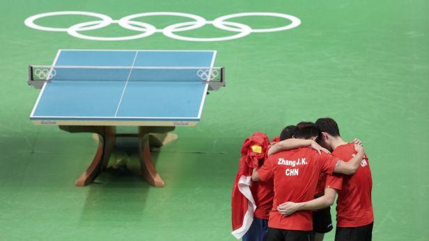 Ani v mužských týmech stolní tenisté Číny nenašli přemožitele