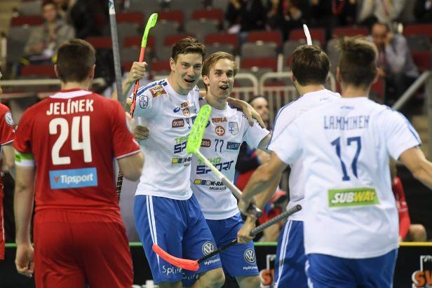 Krutý konec nadějí. Finové připravili Česko o finále sedm vteřin před koncem
