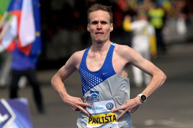 Němec Pfeiffer vyhrál prosluněný ústecký půlmaraton v nejlepším evropském výkonu