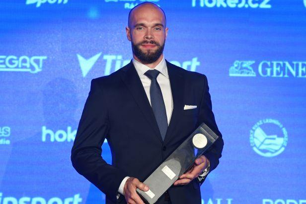 Nejlepším hráčem sezony byl vyhlášen Vondrka, nejvíce cen posbírali mistři z Brna