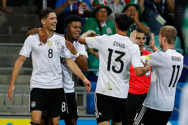 Chile ve finále vyzvou Němci. Duel s Mexikem rozhodli už v úvodu
