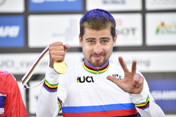 Potřetí Sagan. Slovenský šampion přepsal v Bergenu historii
