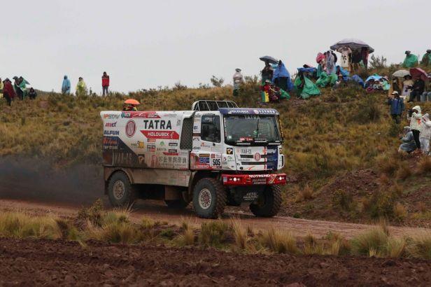 Kolomý se mezi kamiony blýskl druhým místem, Prokop poskočil na sedmé místo mezi auty