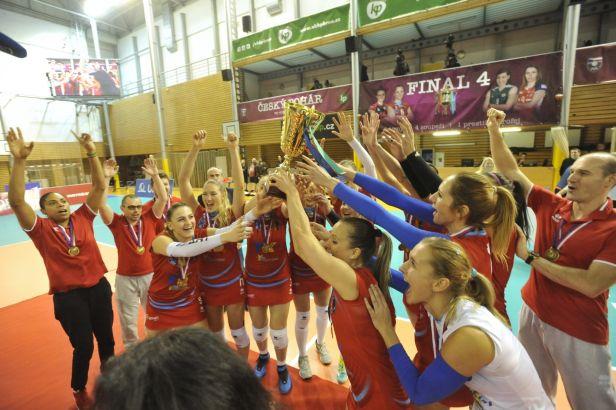 Prostějovské volejbalistky finále zvládly a slaví domácí pohár