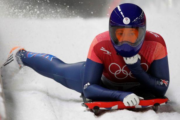 Žena velkých závodů Yarnoldová obhájila zlato. Drama opanovala v traťovém rekordu