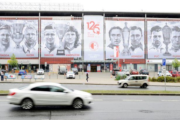 Slavia změní název stadionu. V Edenu už visí nové jméno Sinobo Stadium