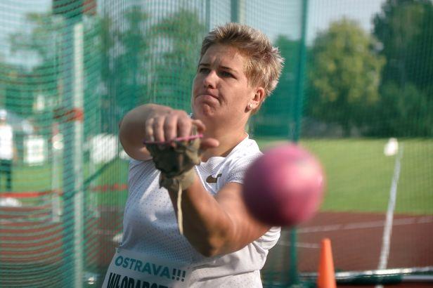 Světoví šampioni kralovali v Ostravě, zvítězili Wlodarczyková a Gudžius