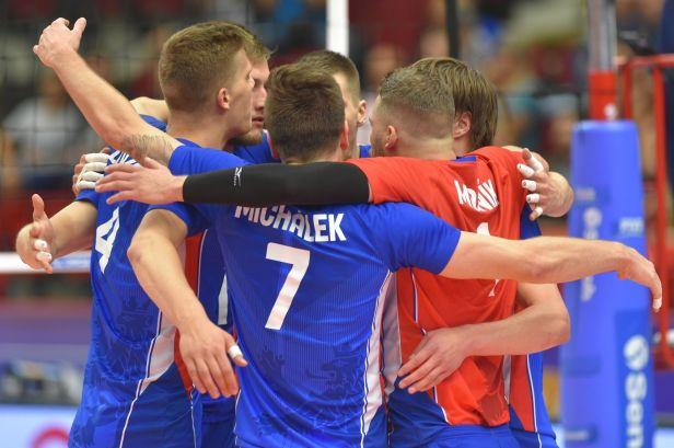 Volejbalisté si zahrají finále Evropské ligy. Turky smetli 3:0