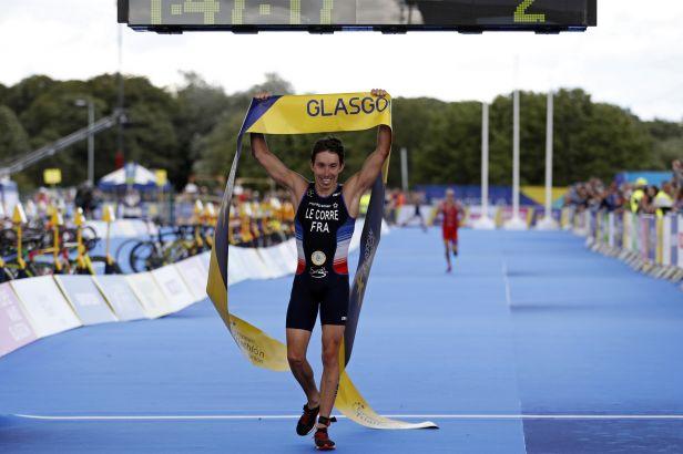 Evropský titul v triatlonu má Le Corre, Čelůstka skončil sedmnáctý