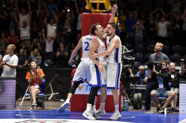 Basketbal fokus podcast: Co stojí za postupem národního týmu na MS a co to přinese českému basketbalu?