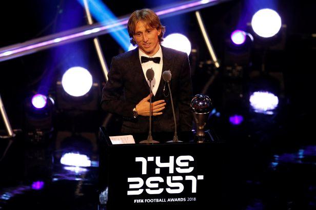 Nejlepší hráč světa je Modrič, sesadil Ronalda. Trenérem roku se stal Deschamps