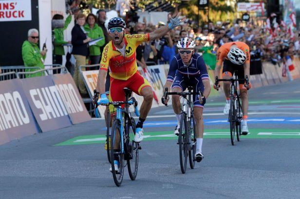 Valverde zlomil prokletí a je novým mistrem světa. Kreuziger zajel české maximum