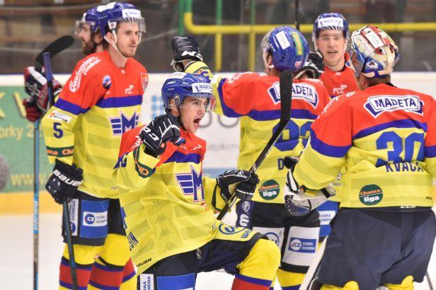 Změny v první lize. Budějovice přišly o dvě výhry i vedení v soutěži