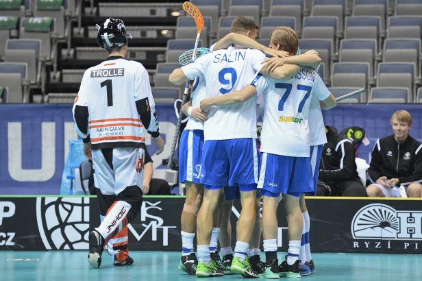 Favorité nezaváhali: Češi si v semifinále zahrají s Finy, postoupilo i Švédsko