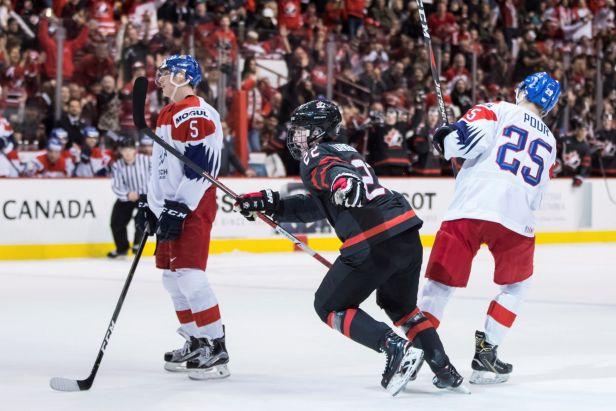 Další kanadská lekce pro český tým. Javorové listy opět vyučovaly ve střelbě
