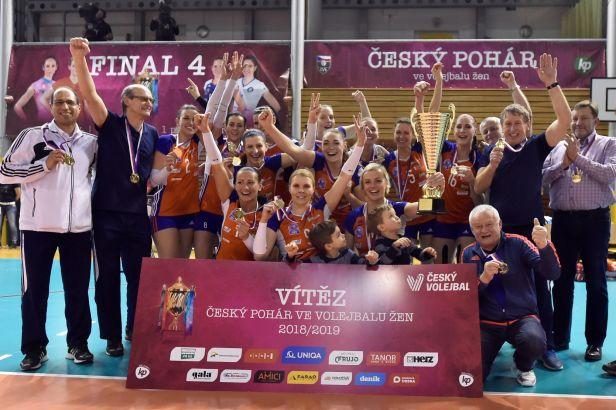 Olomoucké volejbalistky v euforii, vyhrály Český pohár