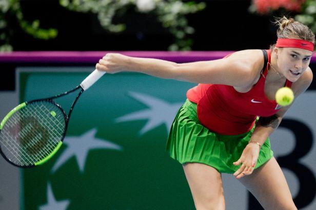 Australanky vyhrály po boji nad USA a doplní Francouzky a Bělorusky v semifinále Fed Cupu