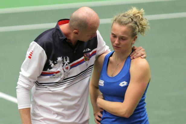 Obrat se nekonal, Češky musí do baráže Fed Cupu. Rumunky zvládly napínavou čtyřhru