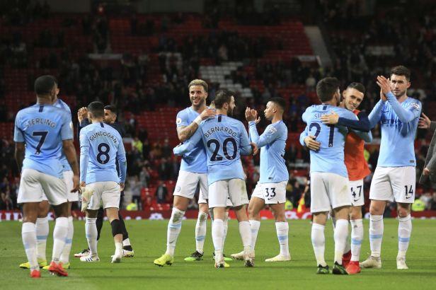 Citizens jsou zpátky v čele, Arsenal zase prohrál
