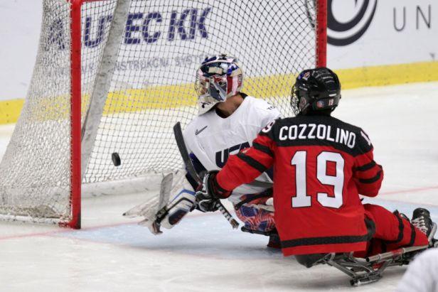 Američané přehráli ve finále Kanadu 5:1 a připsali si pátý světový titul v parahokeji