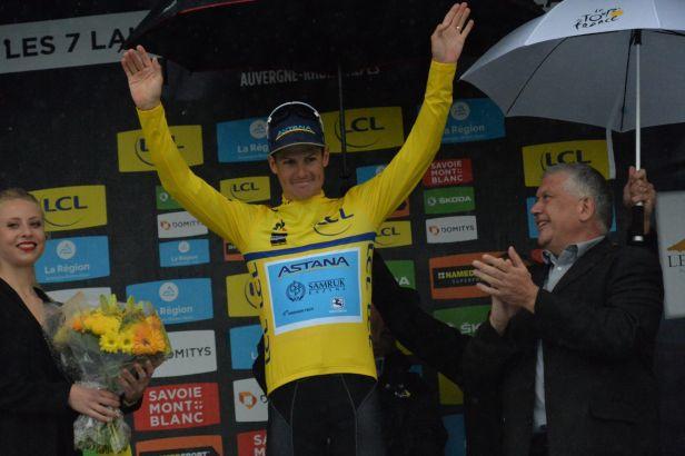 Fuglsang si po roční odmlce podmanil Critérium du Dauphiné, Yates v závěru odstoupil