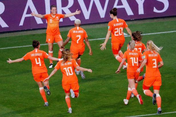 Nizozemkám se proti Japonkám podařila vendeta, do čtvrtfinále MS je poslala Martensová