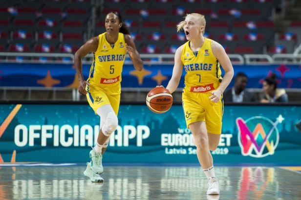 Švédské basketbalistky vyhrály nad Lotyšskem a čeká je druhý pořadatel ME