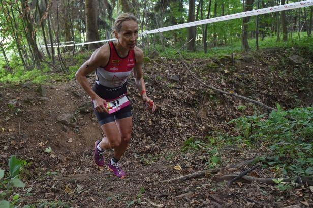 Karásková skvělým během vybojovala na ME v terénním triatlonu druhé místo