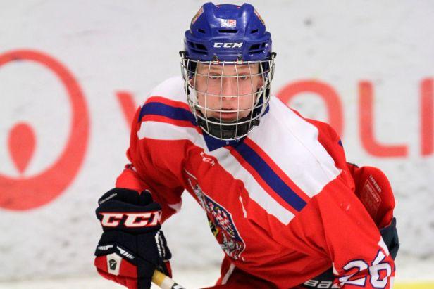 Osmnáctka zahájila Hlinka Gretzky Cup skalpem Švýcarska, v nájezdech vyučoval Gut
