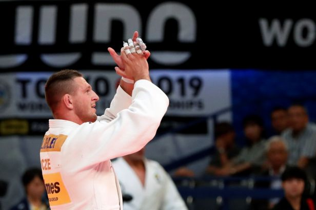 Krpálek do finále Masters nenastoupil, přesto mu stříbro zajistilo pozici světové jedničky