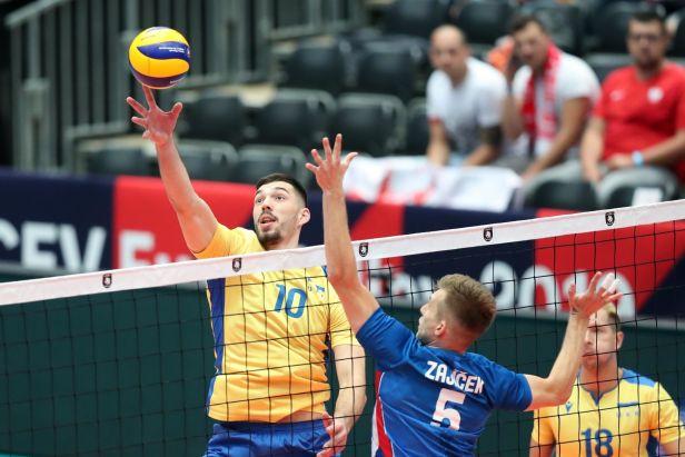 Volejbalistům se vstup do evropského šampionátu nevydařil. Ve čtyřech setech padli s Ukrajinou