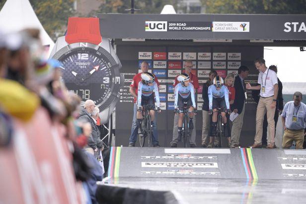 Z prvního triumfu na cyklistickém MS se radují Nizozemci