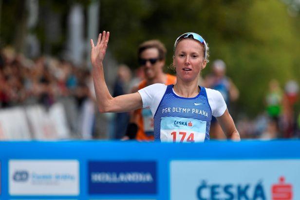 Česká triatlonová elita se sešla v Račicích, triumfovali Volár a Frintová